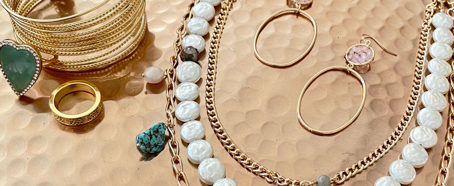 5 Must-Have Accessories to Elevate your Spring Style…Without Breaking the Bank